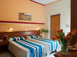 Hotel Dolly, отель в Виареджо