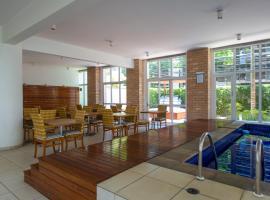 Aconchegante Duplex no Brooklin IV, hotel with jacuzzis in Sao Paulo