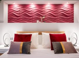 eliTe deluxe, hotel with parking in Kavala