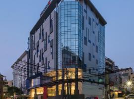 Hotel 88 Blok M, hotel near Plaza Senayan, Jakarta