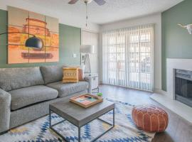 WanderJaunt - South Scottsdale Apartments, apartment in Scottsdale