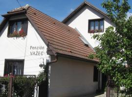 Penzion Važec, hotel near Vazecka cave, Važec