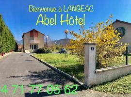 Abel Hôtel、Langeacのホテル