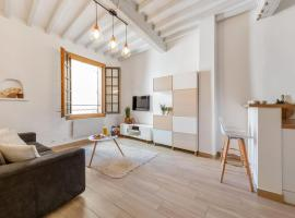 Cosy flat with jacuzzi in Aix-en-Provence center - Welkeys, hotel with jacuzzis in Aix-en-Provence