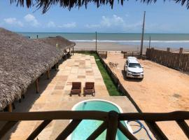 Amar Pousada, hotel with pools in Luis Correia