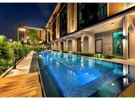 PLAAI Plus Hotel Rayong, hotel in Rayong