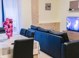 Like at home, hotel in zona Stazione Ferroviaria di Alghero, Alghero
