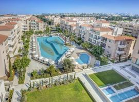 Elysia Park, hotel in Paphos City