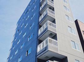 Ostay Namba Minami Hotel Toyotomi Skybird, serviced apartment in Osaka