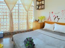 Mekong 69 Hostel - Cạnh Bến Ninh Kiều, hotel near Ninh Kieu Footbridge, Can Tho