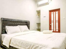 Rudi Rooms, hotel near Wibawa Mukti Stadium, Jakarta