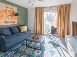 WanderJaunt - Alma - 1BR - Old Town Scottsdale, apartment in Scottsdale