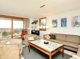 Five-Bedroom Holiday home in Oksbøl 2, vacation rental in Vejers Strand