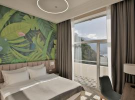 Garden Resort, отель в Гагре