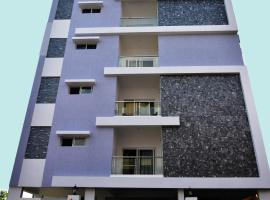 SKYLA Service Apartment Road No.10 Banjara Hills Near Indo-American Hospital, apartment in Hyderabad
