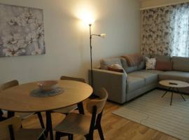Keskustan kaksio 45 m2 autopaikalla, Rautatienkatu 19, 9 krs, hotelli Oulussa lähellä maamerkkiä Biocenter Oulu