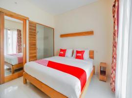 OYO 90319 Angler Guest House Malang, hotel near Taman Krida Budaya Jawa Timur, Malang