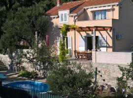 Vila Maslina, holiday home in Mlini