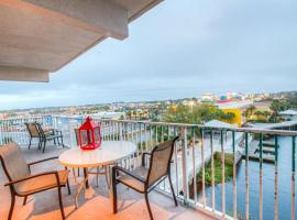 Beautiful 3 BD, Great Amenities, And Great Location, villa in Panama City Beach