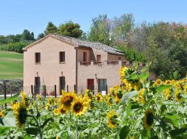 Casa Montefiore 13 Iris, apartment in Ancona