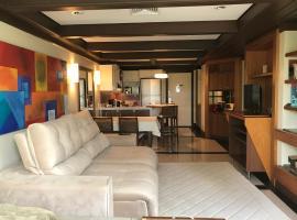Lindo flat Mountain Village, hotel with jacuzzis in Canela