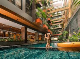 Chi House Danang, hotel in My Khe Beach, Da Nang