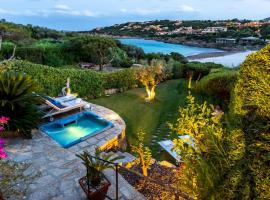 Villa Zeus 6, hotel with jacuzzis in Porto Cervo
