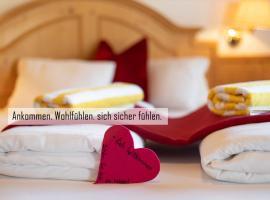 Gasthof Skirast, hotel near Hahnenkamm, Kirchberg in Tirol
