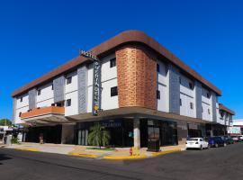 Hotel Puerta del Sol, hotel in David