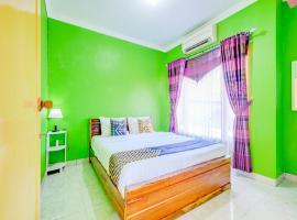 SPOT ON 90276 Mayasari Guesthouse Pantai Krakal, beach hotel in Yogyakarta