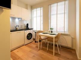 Inviting Apartment in Den Haag near Seabeach, apartment in Scheveningen