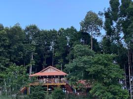 Cát Tiên Riverside, accessible hotel in Tân Phú