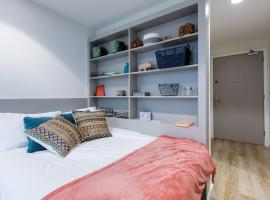 Eyre Square Galway Central Self Catering, hotel in Galway