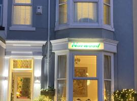 The Norwood Guest House, hotel near Wayfarers Shopping Arcade, Southport