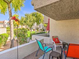 Scottsdale Retreat with Patio 4 Mi to Old Town, apartment in Scottsdale
