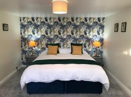 Hill Cottage, apartment in Weston-super-Mare