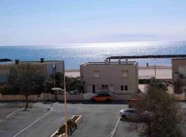 APPARTEMENT 100M DE LA MER, apartment in Valras-Plage