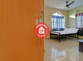 SPOT ON 79104 Varun Family Restaurant, hotel en Madikeri