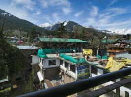 Hotel Ranika, hotel in Manāli