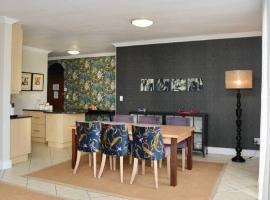 Church Street Luxury Apartments, apartment in Stellenbosch