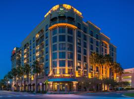 Homewood Suites by Hilton Jacksonville-Downtown/Southbank, hotel in Jacksonville