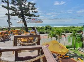 BRAVA POINT Pousada e Hostel, hotel in Itajaí