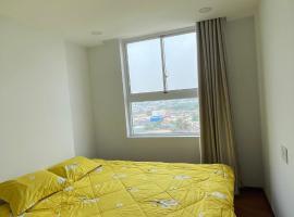 Samsora Riverside Master bedroom 1, accessible hotel in Tân Vạn