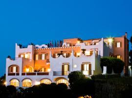 Hotel Casa Di Meglio, hotel near Castiglione Thermae, Ischia