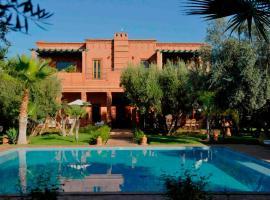 Villa Layyine - Moroccan sumptuousness in a sumptuous 6 bedroom Riad, villa in Marrakesh