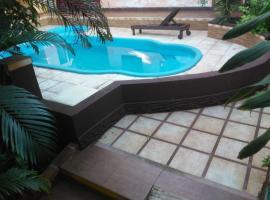 El Uru Suite Hotel, hotel en Puerto Iguazú