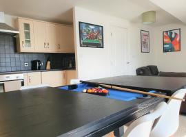 Westlecott House by SN1 Apartments, apartment in Swindon