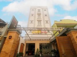 RedDoorz Luxury An Phu Dong Hotel, hotel near Landmark 81, Ho Chi Minh City