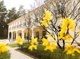 Kronon Park Hotel, boutique hotel in Grodno
