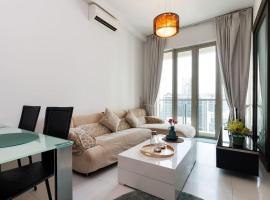 Suite Opposite KLCC l Marc Residence, íbúð í Kuala Lumpur
